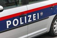 Uprchlík z Iráku útočil na vlaky v Německu. Policie ho našla ve Vídni