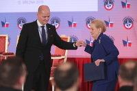 Havel v klubu s Clintonem i Putinova hrozba. Zeman i Albrigtová slaví 20 let ČR v NATO