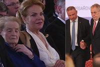 """Havlová s perlami i Babiš na oslavě 20 let ČR v NATO. Zemana štve vraždící """"tygr"""""""