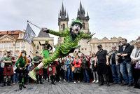 Svatý Patrik v centru metropole: Prahou prošel zelený irský průvod
