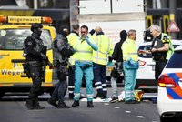 """""""Drogově závislý psychopat"""" v Utrechtu zabil tři lidi. Vzkaz z auta napovídá terorismu"""