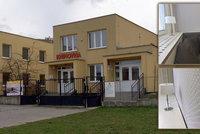 Knihovna jako obývák: Zrekonstruovaná pobočka na Černé Mostě nestačí, radnice chce postavit novou