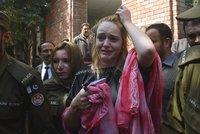 8 let a 8 měsíců pro Terezu v Pákistánu: Umožní jí přesun do vězení v Česku?
