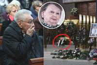 Sledovali jsme ONLINE: Pohřeb Aťky Janouškové: Rozladěný Zíma a věnec od Gotta!