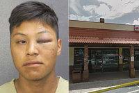 Mladík (18) sexuálně napadnul ženu, ta mu rozmlátila mobilem oko