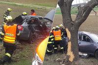 Vážná nehoda u Berouna: Řidiče (†68) nezachránila ani sanitka, která jela zrovna kolem