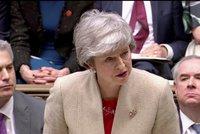 Británii čeká divoký brexit 12. dubna. Mayová po třetím selhání zkouší další zvrat
