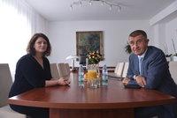 """Důchody navýšíme o 900 korun, slíbil Babiš. Maláčová se raduje: """"Už to hořelo"""""""