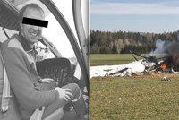 Ve zříceném vrtulníku zahynuli dva lidé: Srazil ho dravec?