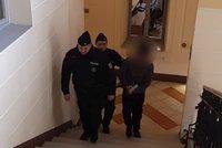 Kolotočáře odsoudili za mučení zaměstnance: Soud jednoho z nich omylem pustil