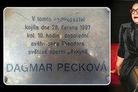 Dagmar Pecková se postavila za kojící matku v bance: Já mám za kojení na veřejnosti pamětní desku!