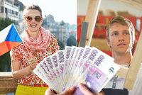 Průměrná mzda v Česku vyrostla na 36 144 korun. Jak si polepšil váš kraj?