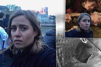 """Emma Smetana terčem posměchu: """"Tragické"""" selfie s hořícím Notre-Damem se jí vymstilo"""