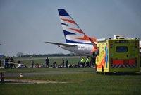 Na pražském letišti se srazila dvě letadla! Spoje nabírají zpoždění