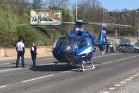 V Podbabě havarovala tříkolka. Na místo přiletěl vrtulník pro řidiče