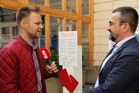 ČSSD chce férovou Evropu a tasila červenou kartu. Hamáček počítá ve volbách se ztrátami