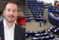 Vysíláme z Blesku: Kdo bude při eurovolbách nejvíc postrádat voliče a kde je kampaň?