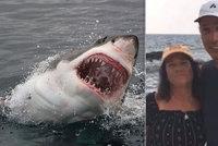 Žralok převrhl kajak a zahryzl se turistce (65) do nohy! Způsobil jí obrovskou ránu
