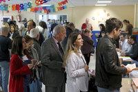 Španělé volili poslance. Výhru socialistů zřejmě zkalil i úspěch krajní pravice