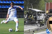 Při nehodě vězeňského autobusu zemřel mladý fotbalista (†23)! Filip hrál ještě v neděli za Kladno