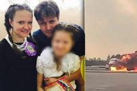 Xénie přišla v hořícím letadle o dceru (†12) a manžela: Další příbuznou jí zavraždil šílenec