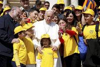 Hlaste sexuální zneužívání, nakázal papež František kněžím a řeholníkům