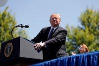"""Trump pohrozil Íránu zničením. """"Už nikdy nehrozte Spojeným státům,"""" vzkázal"""