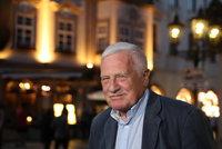 """Klaus pro Blesk: """"Kvůli volbám mě u oběda napadl syn."""" ODS zazdil, SPD chválil"""