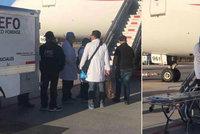 Smrt v letadle: Muž zemřel poté, co snědl 246 balíčků s kokainem