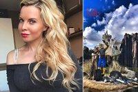 Kristelová týden po uvěznění Řepky: Zveřejňuje fotky, jak si užívá!