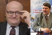 Exministr Herman zavítal na sjezd sudetských Němců. Za Havla v němčině mu tleskali