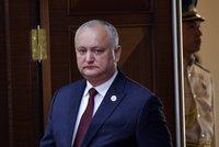 Ústavní soud zbavil prezidenta úřadu, nestihl sestavit vládu v Moldavsku