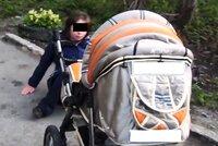 """Opilá """"matka"""" v Opavě vyklopila miminko z kočárku a nechala ho ležet na zemi: Měla 4 promile"""