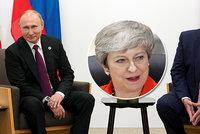 Trump si utahoval z Putina: Nevměšujte se do amerických voleb