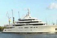 Miliardář Abramovič odmítl zaplatit luxusní jachtu