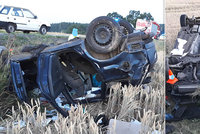 Mladý řidič (†27) tragicky neprojel levotočivou zatáčku: Střet se značkou nepřežil