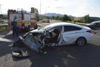 Hromadná nehoda na Karvinsku: Jedna žena zemřela, pět lidí se zranilo