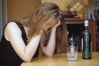 Matka opilá pod obraz si přišla pro dítě do školy: Nadýchala skoro tři promile!