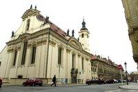 Kostel sv. Šimona a Judy v centru Prahy koupí město. Dá za něj 99 milionů