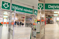 Bude z Dejvické Vítězné náměstí? O přejmenování stanic metra se rozhodne do roku 2029