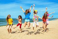 Jak si užít dovolenou s dětmi? Animační kluby a další tipy, aby u moře nebyla nuda!