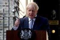 """Johnson dostal """"ránu do vazu"""". Rebelující poslanec utekl k liberálům, vláda nemá většinu"""