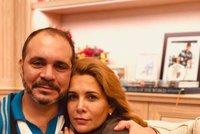 Jordánský princ přiletěl za Hajou. V boji s vládcem Dubaje princeznu podporuje