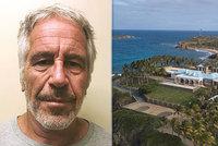 """Chrám sexuálních otrokyň: FBI vrthla na hříšný ostrov """"pedofilního"""" miliardáře Epsteina (†66)"""
