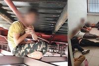 Na Slovensku zadrželi 30 migrantů z Afghánistánu. Ukryli se pod vagony