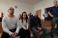 Nizozemské mlátičky znovu u soudu: Pokus o vraždu číšníka? Státní zástupkyně chce přísnější trest