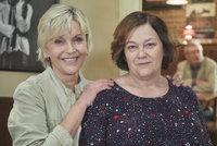 Lesbická láska v Ulici: Nová posila Šplechtová se zamiluje do Jitky Smutné