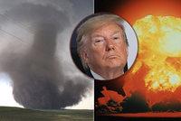 """Atomovkou proti hurikánům. Trump našel nový """"recept"""" na rozmary počasí"""