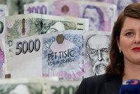 Důchody stoupnou o 900 korun, proč ne víc? Mezi Maláčovou a Kalouskem to jiskřilo