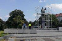 Osud sochy maršála Koněva řeší Praha 6. Přesune se jinam nebo rozhodne referendum?